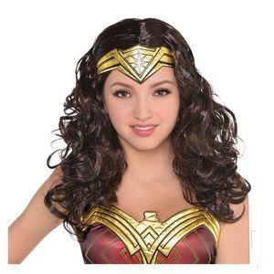 Adult/Teen Wonder Woman Wig